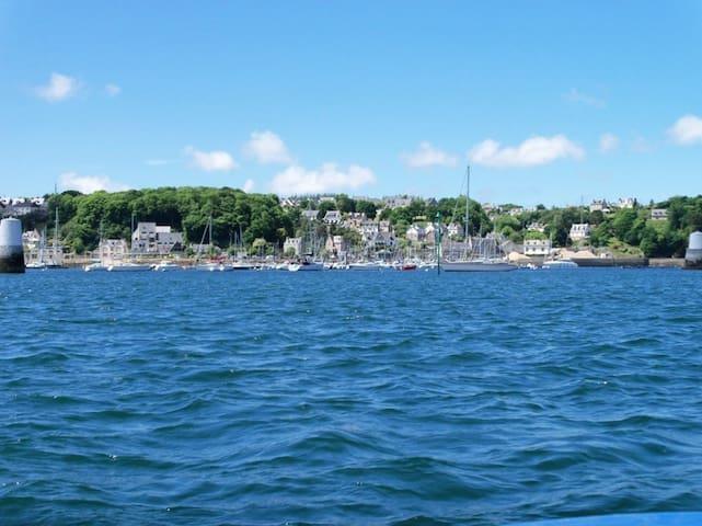 Vue sur le Port à 900m de la plage - Lézardrieux - Lägenhet