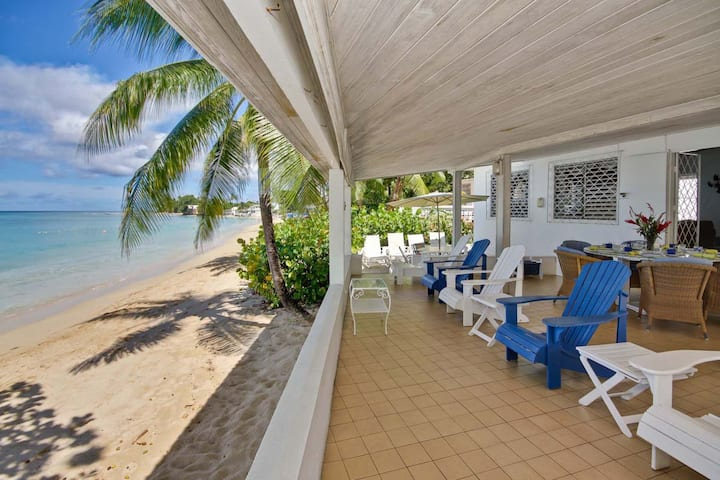 Beachfront Home with Amazing Beach- Aquamarine