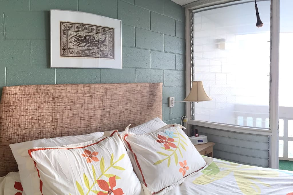 Spacious living with a comfortable queen size bed.  Ocean waves crashing all night and day for the best sleep.