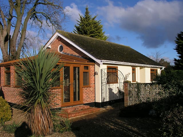 Detached Modern Bungalow - Lowestoft