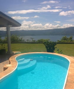 Seclusion on Laguna de Apoyo - Granada - Bed & Breakfast