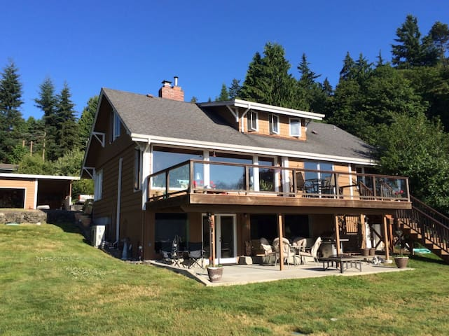 Water Front Home on Miller Bay - Poulsbo - Ev