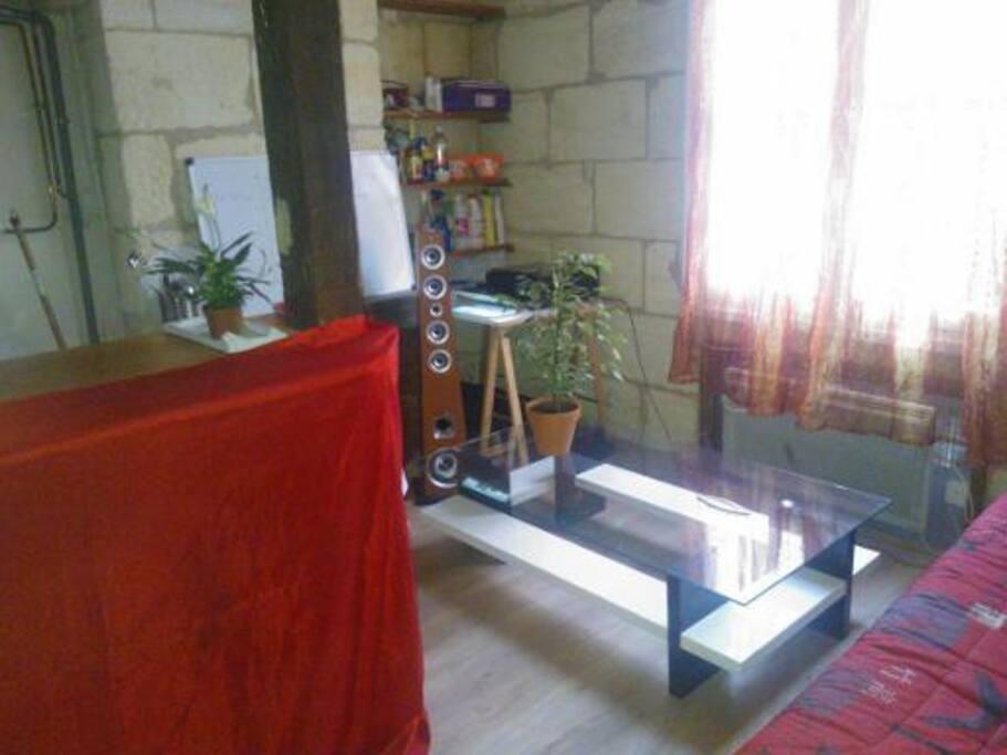 clic clac dispo proche victoire appartements louer bordeaux aquitaine france. Black Bedroom Furniture Sets. Home Design Ideas
