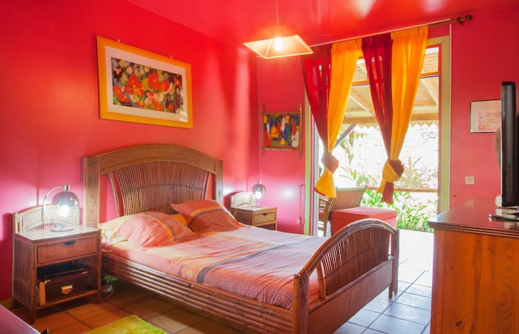 Caribbean elegance, well situated - Pointe-à-Pitre - Villa