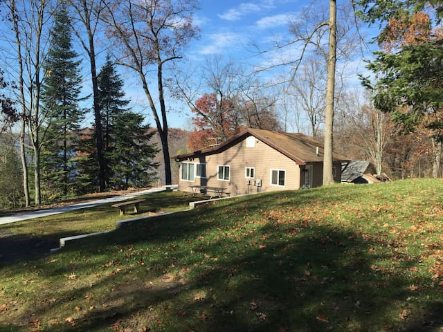 Cozy Cottage - Pinckney Rec. Area  - Gregory - Dom