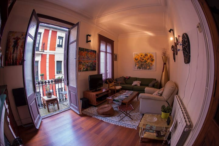 Lovely flat in the old town - Bilbao - Huis