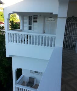 BnB Studio Apartments - Port Antonio