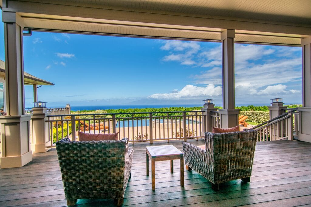 Shade or full sun ocean view lounging options.
