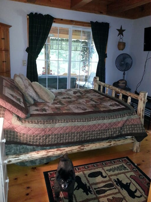 Private room with attached screened in porch. Overlooks the Sugar River.