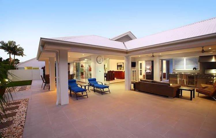 Open plan, resort style home. - Mountain Creek - Casa