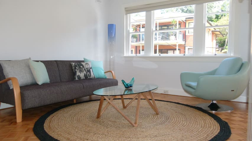 Manly Beach Harbourside apartment