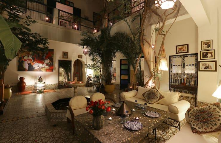 Riad Authentique Beldi en Medina - Marrakesh - House