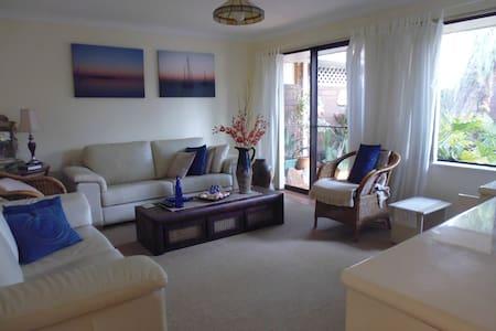 Best value, superb facilities, wonderful location - East Fremantle/Bicton