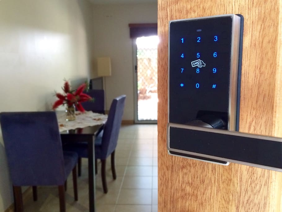 Keyless Check In. No waiting around for the host! Check in anytime. How good is that?