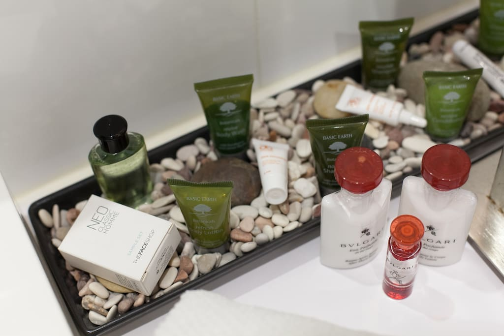 Enjoy complimentary bath and shower gels, including shampoo, conditioner and other assorted products.