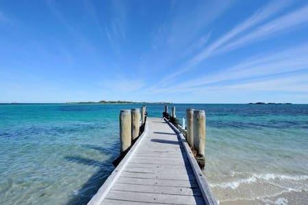 Penguin Island Retreat, Shoalwater - Shoalwater - Lejlighed