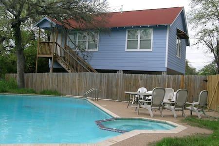 Central, Pet Friendly, Heated Spa - Austin - House
