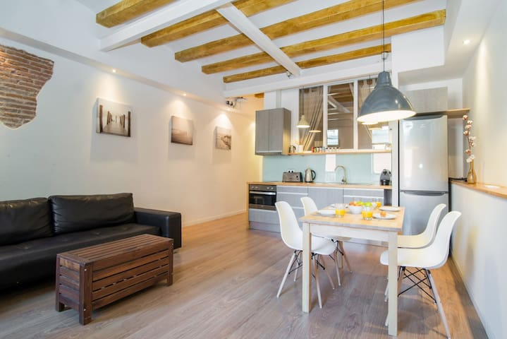 Comfort center apartment Eixample