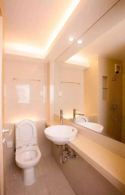 restroom(1)