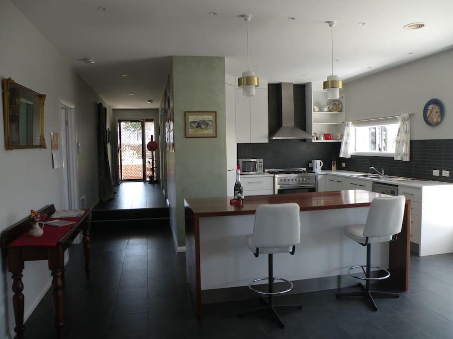 Large kitchen and spacious hall - watch the step down.
