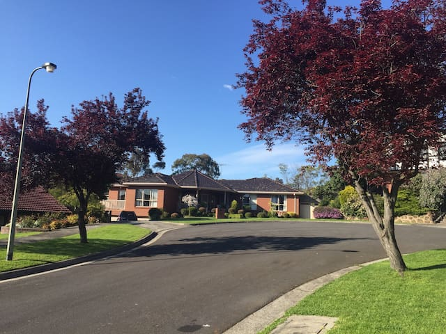 Value room - Doncaster East - Villa