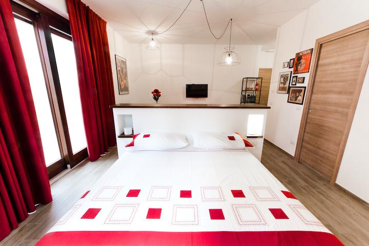 Residence Masnaiot - Apt Teatro - Cossano Belbo