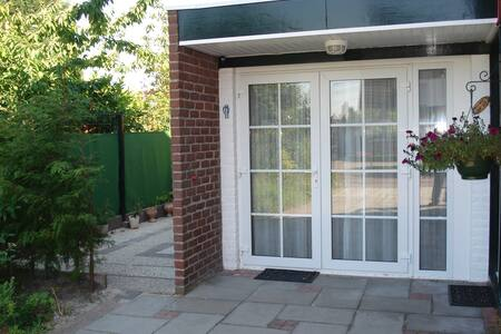 luxe studio-hensu - Burgh-Haamstede - Rumah