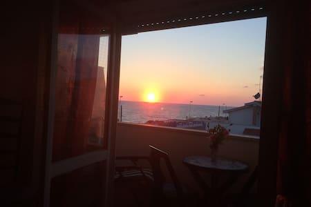 Apartment with sea view in Anzio - Anzio