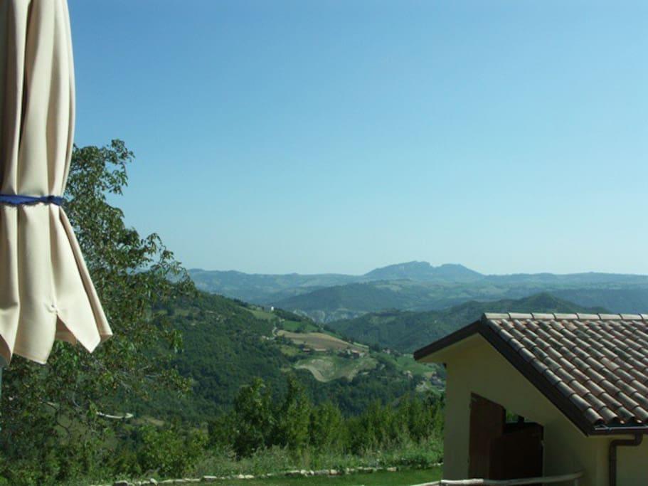 Cabraldi Azalea, uitzicht vanaf terras.