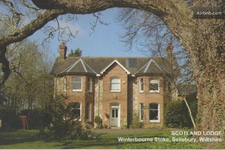 Stonehenge, Standard ensuite Twin - Winterbourne Stoke - Bed & Breakfast