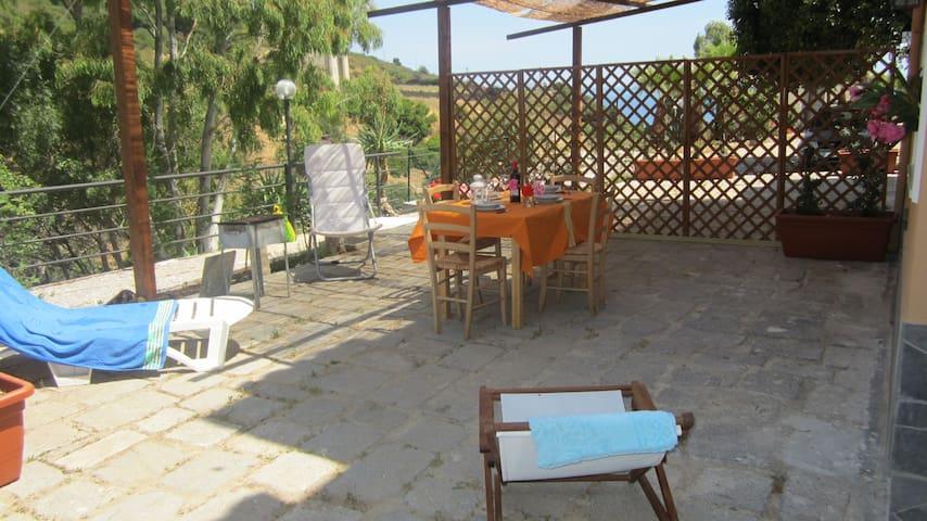 Cozy house near the sea - Cefalù - House