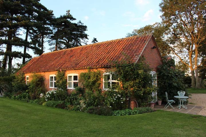 Rosemary Cottage, wonderful views. - Lincolnshire - Casa