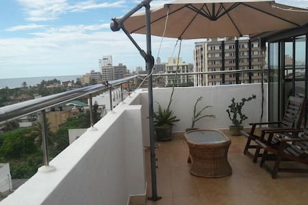 Your own STUNNING Sea View 2BRM Apt - Colombo - Wohnung