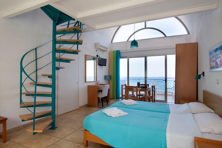seaside maisonette + swimming pool - Chersonesos - Condominium