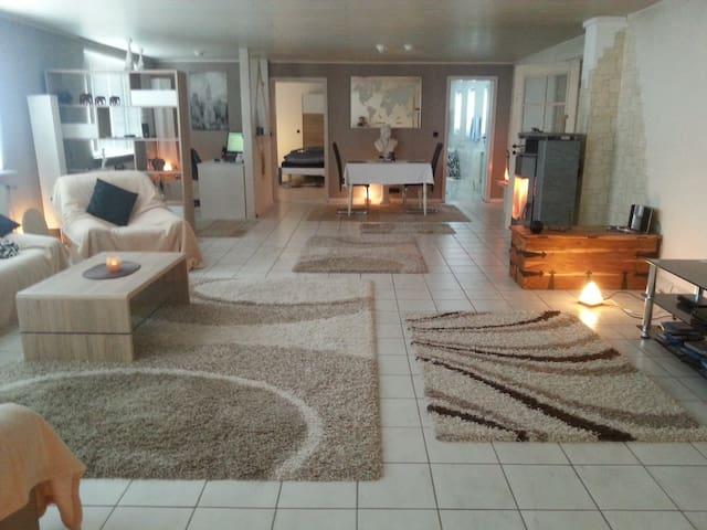 Ruhig mit großen Garten - Birkenfeld - Casa