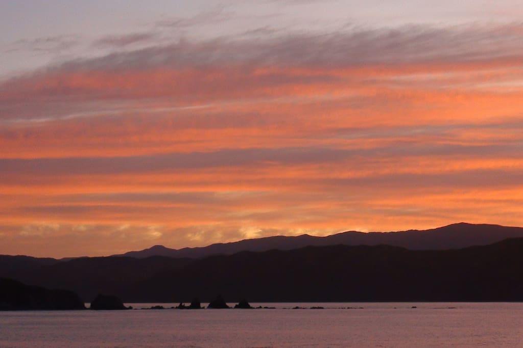Daybreak in Breaker Bay