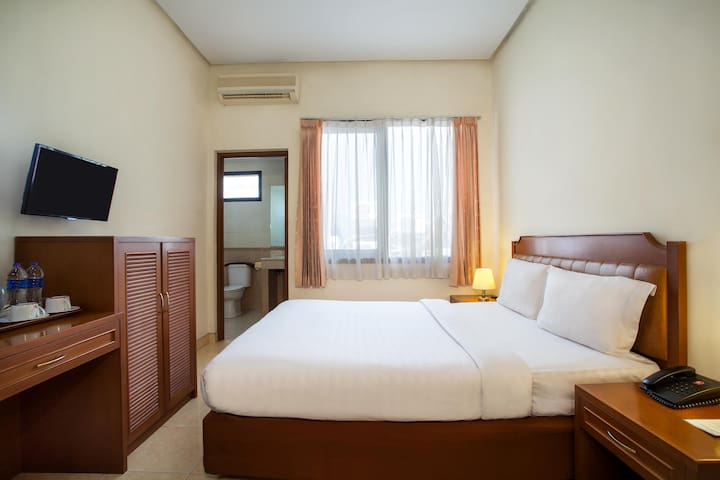 Standard Double Room Stay @ Hotel Surya