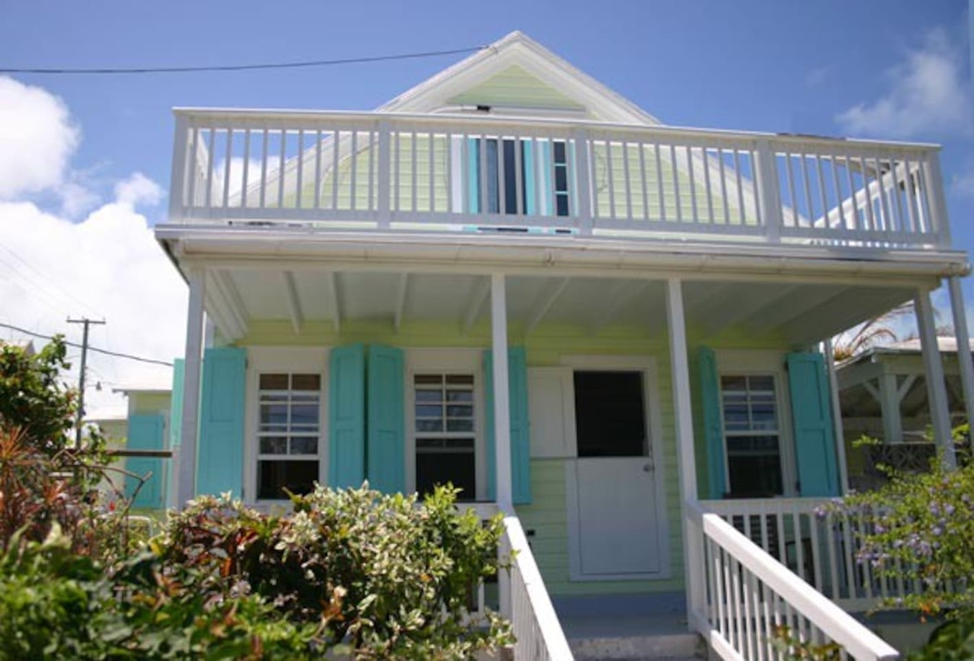 Front / Porch of cottage