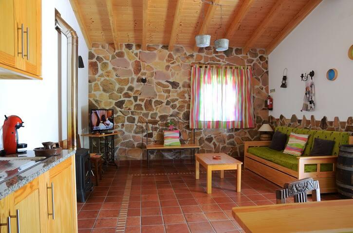 Casa no campo com piscina - Rogil - House