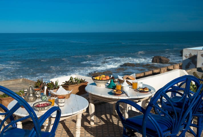 "DAR SKALA    (""SOUIRI"" ROOM) - Essaouira - Bed & Breakfast"