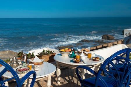 """DAR SKALA    (""""SOUIRI"""" ROOM) - Essaouira"""