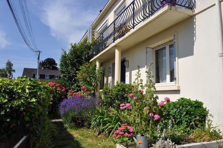 Maison jardin à 2 pas de NantesCtre - Orvault