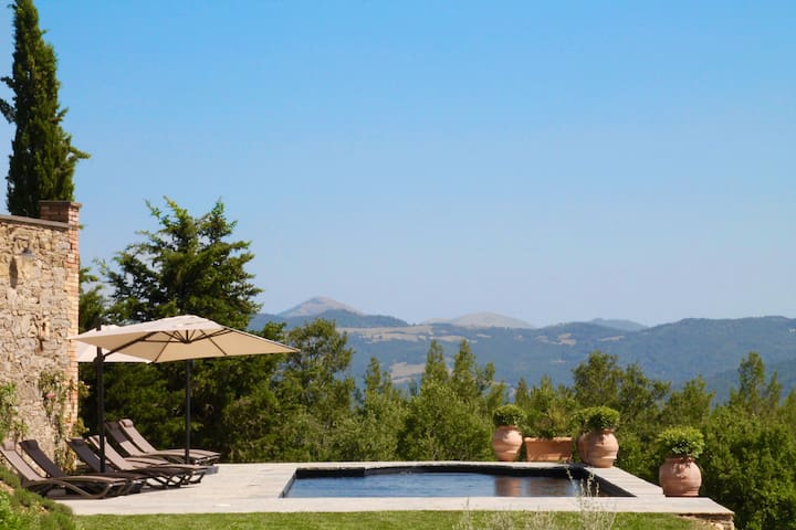 Torricella Villa in Umbria, pool, Stunning views - Ronti - 獨棟
