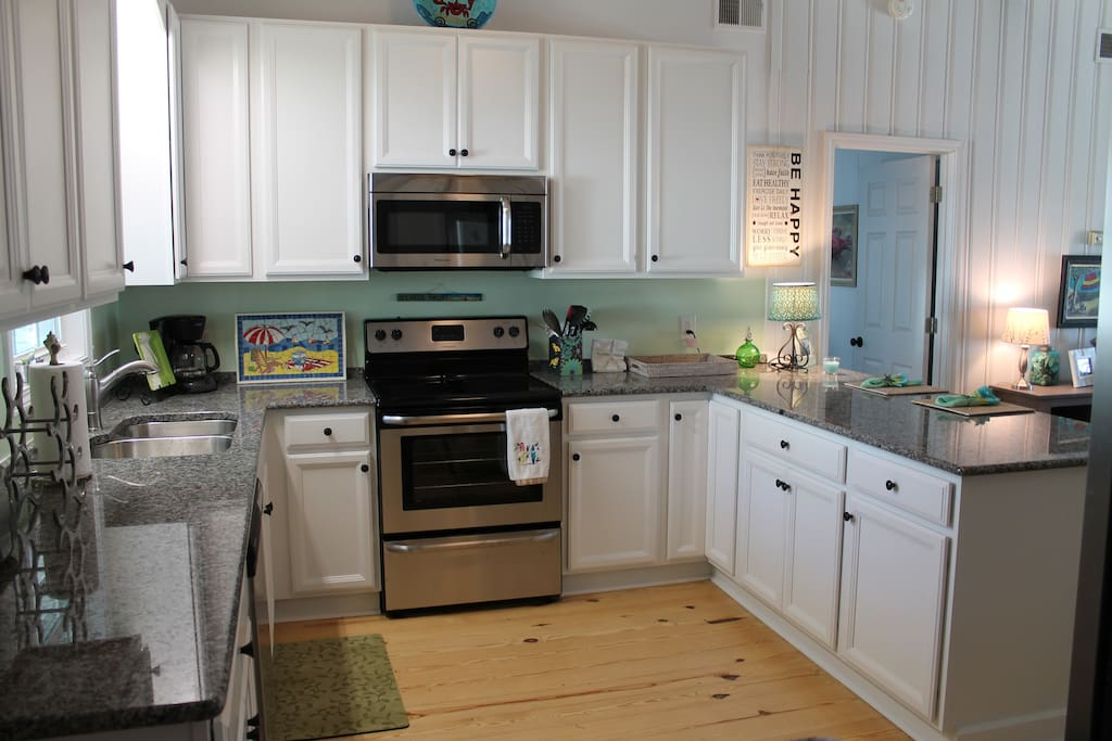 totally updated kitchen with all new appliances
