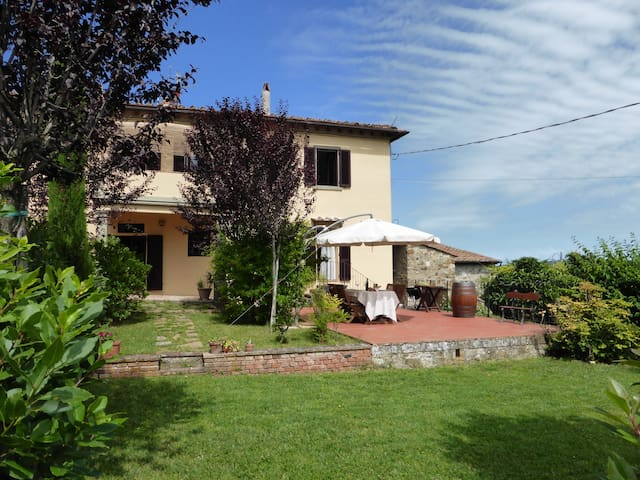 Sleeps 4 - Chianti Classico - Views - Restaurant.. - Castellina in Chianti - 一軒家