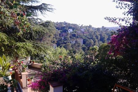 Habitaciones  La Floresta-Barcelona - Sant Cugat del Vallès