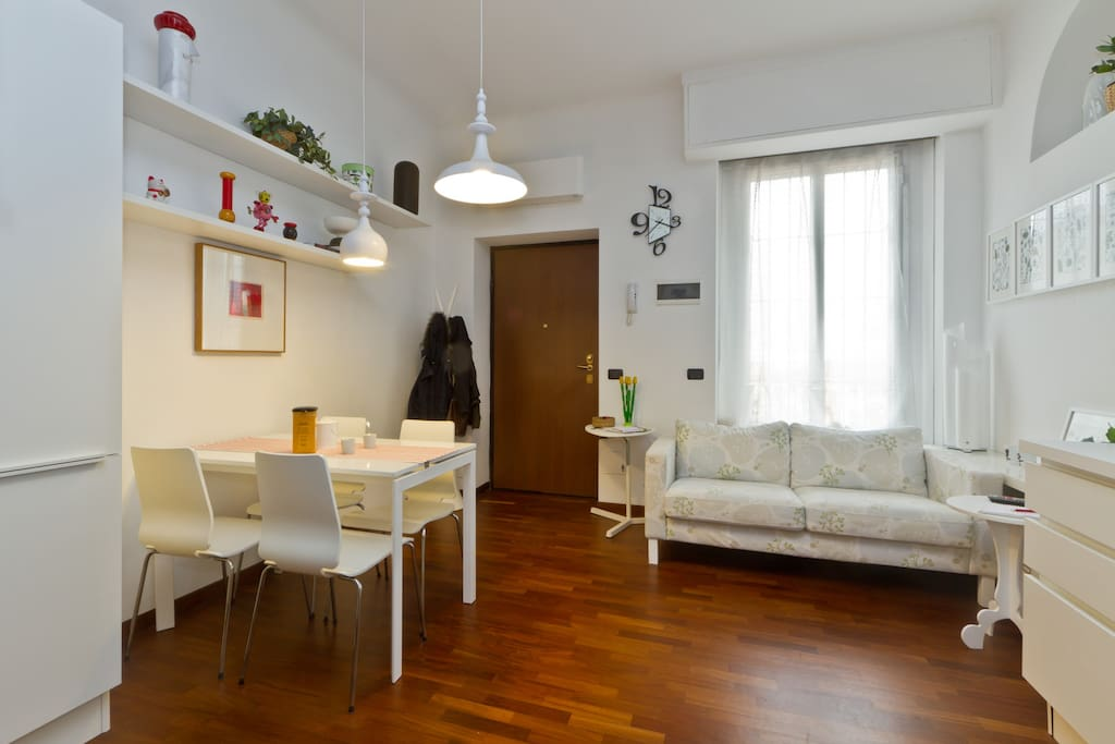 Living room.  *** myhomeinmilan, Milan.