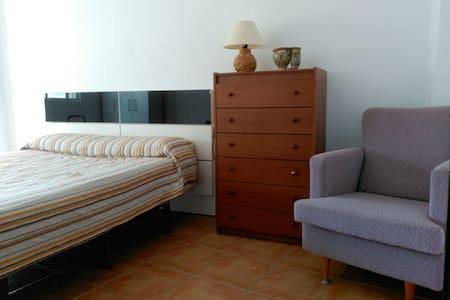 PISO ACOGEDOR Y ECONÓMICO EN CHIVA - Chiva - Rumah