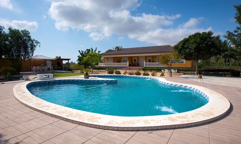 House,Garden and Pool for 16 people - Sant Vicent del Raspeig - Chalet