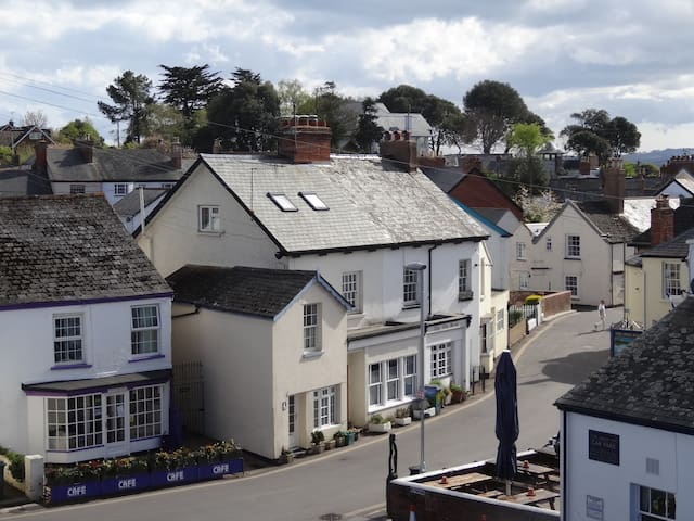 Cosy cottage in village centre - Lympstone - Huis